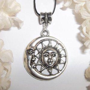 Necklace Sun Moon Star Celestial Unisex Gift 6602